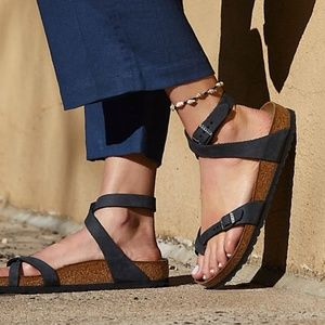 Birkenstock | Yara Blue Leather Ankle Strap Sandal